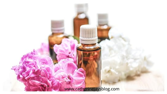 massage hair with oils