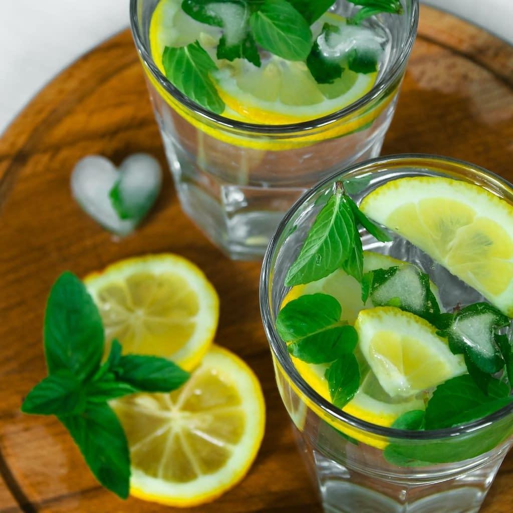 lemon and mint drink
